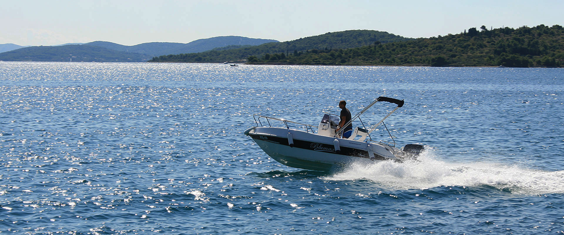 Rent a Boat Vodice Bluemax 550